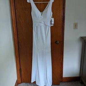White casual maxi dress